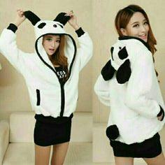 เสื้อคลุม มีฮู้ด ลายหมี ในราคา ฿350 ซื้อได้ที่ line : icandid