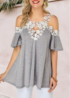 Stylish Tops For Girls, Trendy Tops, Trendy Fashion Tops, Trendy Tops For Women Trendy Tops For Women, Stylish Tops, Blouses For Women, Casual Tops, Women's Blouses, Formal Blouses, Chiffon Blouses, Grey Fashion, Look Fashion