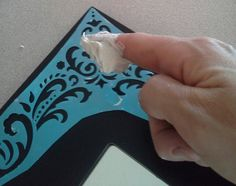 Reclaim-ologists and Other Crafty Chicks : How to Use Patching Plaster to Make… Paper Towel Crafts, Paper Mache Crafts, Plaster Crafts, Plaster Art, Wall Stencil Patterns, Stencil Designs, Upcycled Home Decor, Mold Making, E Design