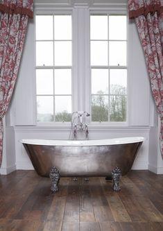 The Schooner bath with plenty of traditional style. Cast Iron Bath, Copper Bath, Roll Top Bath, Clawfoot Bathtub, Bathroom Accessories, Baths, Traditional, Design, Style