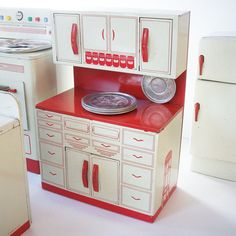 Vintage Toy Kitchen from Wolverine / 4 Pieces / by rustfarm