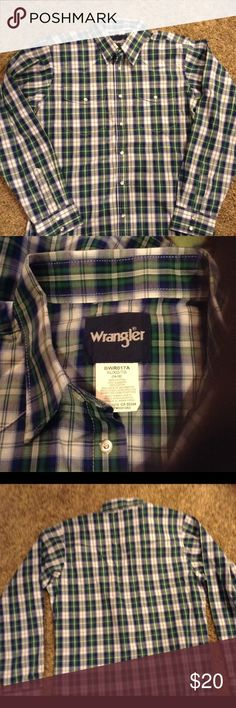 *Final Price* Boys Wrangler pearl snap plaid NEW Wrangler boys youth XL 14/16 Green/navy/white Plaid Pearl snap button western shirt.  Long Sleeves, Spread Collar, Western Yokes, Two Snap Flap Pockets, Three Snap Cuffs, Snaps. Fabric: 100% Cotton Yarn Dyed Poplin Plaid with Wrinkle Resist Finish.  Smoke free home. Happy Poshing! Wrangler Shirts & Tops Button Down Shirts