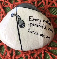 Decorative Rocks : (notitle) Pebble Painting, Love Painting, Pebble Art, Rock Painting Ideas Easy, Rock Painting Designs, Pierre Decorative, Decorative Rocks, Hand Painted Rocks, Painted Stones