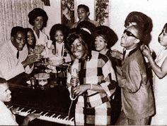 Motown Soul. http://www.rosettabooks.com/book/to-be-loved/