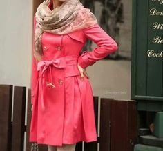 Comfortable light pink coat suitable for autumn