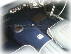 BN4(L) & BT7 - Side Change Carpet & Centre Cushion - Dark Blue - Wool & Leatherfaced