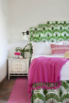 Chinoiserie leaf print headboard
