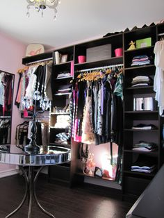 Dressing Room idea... *sigh* I would die if I had a dressing room. @Gloria Loria Look how cool! I keep telling you to turn one of our spare rooms into my dream walk-in closet!