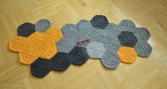 Żółto-szara mozaika dywany petelkowo chodnik dywan dziergany