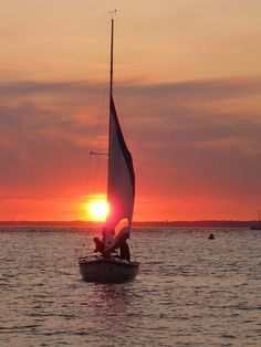 Sunsets & sailing boats