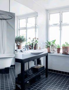 Vaskemøbel fra Bad & Stil.