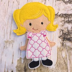 Customized dolls - Felt dress up doll - quiet play - preschool - felt toy - quiet activity for car rides, waiting rooms, travel - time out