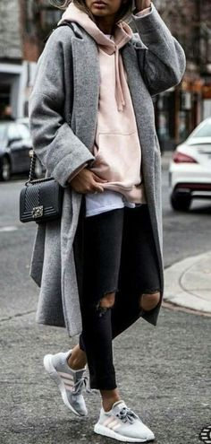 16 Trendy Fall Street Style Outfits for 2018 - Outfit - # for . - 16 Trendy Fall Street Style Outfits for 2018 – Outfit – - Street Style Outfits, Looks Street Style, Autumn Street Style, Mode Outfits, Looks Style, Street Outfit, Street Style London, Nike Street Style, Sporty Chic Outfits