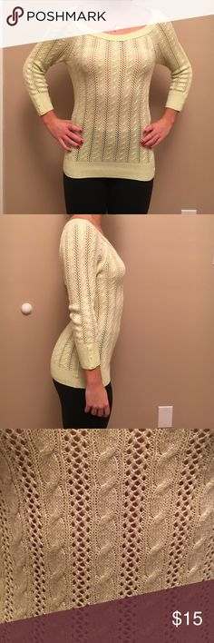 Cute American Eagle sweater💛💛FREE shipping Comfy and light. Sweater for any weather condition American Eagle Outfitters Sweaters Crew & Scoop Necks