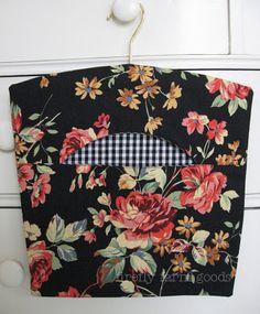 love this clothes peg bag
