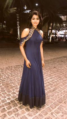Creation by Sydney Sladen. Indian Wedding Gowns, Indian Gowns, Indian Attire, Indian Outfits, Indian Wear, Designer Gowns, Indian Designer Wear, Anarkali Dress, Indian Fashion
