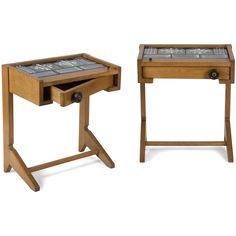 Robert GUILLERME (1913-1990) & Jacques CHAMBRON (1914-2001) & Boleslaw DANIKOWSKI (1928-1979) céramiste - VOTRE MAISON Éditeur  Josette, modèle créé en 1960  Paire de bouts de canapé, formant chevets, en chêne ciré, ouvrant par un tiroir pivotant, les plateaux à décor de six carreaux en céramique émaillée polychrome. 59 x 51 x 35 cm  Estimation : 500 € / 800 € Adjugé à 1125 €