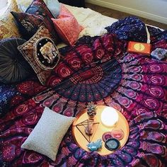 "148 gilla-markeringar, 5 kommentarer - Gypsy Grrrl 🌙✨ (@gypsy.grrrl) på Instagram: ""Lazy days 📸@kaitlynjohnsondesign  Shop our beautiful tapestries at ➡ www.spreesy.com/GypsyGrrrl Or…"""