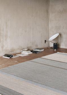 Alfombra de lana UNIT, de la colección Artwork de Linie Design, tejida a mano. Distintos colores y medidas.