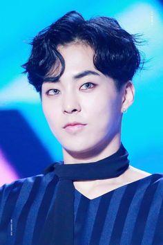 Cre: the owner/as logo Kim Min Seok, Xiu Min, Exo Official, Baekhyun Chanyeol, Pin Pics, Korean Name, Music Awards, Rapper, Knock Knock