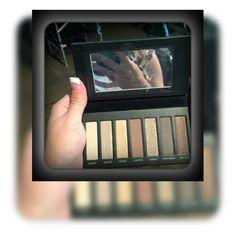 #eyelooks #eyeshadow #makeup #fabliclous #natural #bebeautiful #beautyblog #beyouniquewithallza #instalike #instaglamour #lookamillion #ilovemakeup #workopportunity #workperks  www.bodaciousbeauty.co.uk Allza43@mail.com www.facebook.com/allza