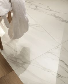 Porcelain stoneware wall/floor tiles with marble effect ANIMA CALACATTA ORO by Ceramiche Caesar
