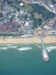 BOURNEMOUTH SEAFRONT Bournemouth, Commonwealth, Best Cities, Small Towns, Buses, Old Houses, Airplane View, England, Nice