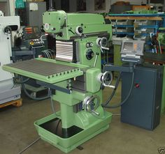 DECKEL Manual Milling machine