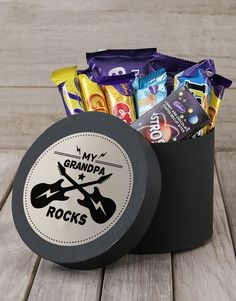 Honour your loving grandpa with this phenomenal hat box. Indulge his taste buds with the exceptional decadence of this remarkable chocolate hamper that will make it a truly happy Grandparents' Day. Remind him how absolutely amazing he is with a delectable gift assortment that is sure melt his kind heart. Make his heart smile with this terrific hat box from NetFlorist! Chocolate Hampers, Chocolate Treats, Chocolate Box, Pink Happy Birthday, Happy Birthday Candles, Happy Grandparents Day, Bubbly Bar, Heart Balloons, Grandpa Gifts