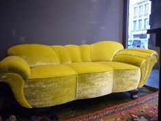 SHELL SOFA FROM BERLIN 1940 ART DECO (please re-cover me!)