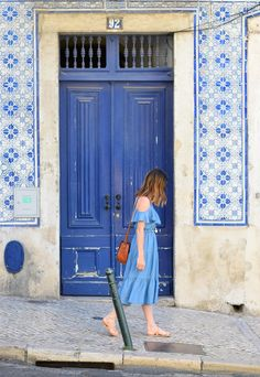 Looking to travel to Lisbon soon? Here are some great travel tips and some favorite spots around the city to explore. |lisbon travel | lisbon travel tips | packing for lisbon | what to do in Lisbon | portugal travel | summer travel lisbon europe | packing for lisbon | packing for europe | white summer dress | summer outfits | travel packing | outfits for summer | outfits for lisbon | They were fantastic hosts and are recommended when booking a place in Lisbon.