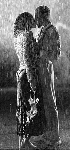 Kissing in the rain... by himitsu6.