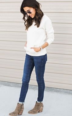 Wide Neck Oatmeal Sweatshirt, cute jeans, taupe suede booties