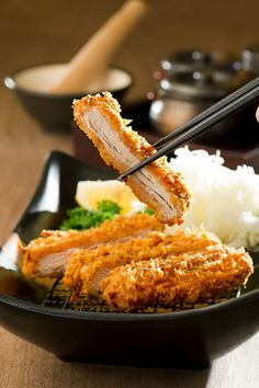 Be marvelled by the authentic tastes of Teppanyaki, Tonkatsu and Sashimi, Airport Izakaya presents a brand new Japanese dining experience to comfort your Katsu Recipes, Food Photography, Product Photography, Food Platters, Aesthetic Food, Cute Food, Food Menu, International Recipes, Food Items