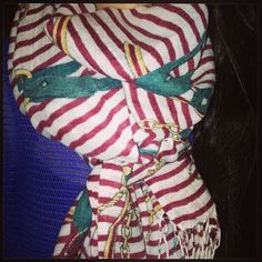 Each scarf can be warn the way you desire to wear it! There is nothing like creating your own unique style that will suit your own unique personality <3 #scarf #vousetesbellefashion #vousetesbelle #fashion #hijab #hijabfashion #Padgram