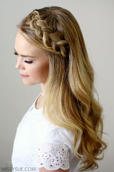 This Dutch Headband Braid is one of my favorite ways to keep my hair back, off my face and a quick and easy braid that will get you many compliments. It is also a great way to add a bit o… Bridesmaid Hair, Prom Hair, Pretty Hairstyles, Simple Braided Hairstyles, Braid Hairstyles, Beautiful Braids, Bandeau, Braid Styles, Fall Hair