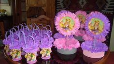 imagenes de fiesta tematica de rapunzel - Buscar con Google Twin Birthday, Birthday Diy, Princess Birthday, Princess Party, Birthday Parties, Rapunzel Birthday Party, Tangled Party, Birthday Party Centerpieces, Birthday Decorations