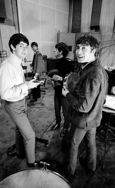 The Beatles during the recording of their second LP 'With the Beatles', at Abbey Road Studios, on September, Beatles Photos, The Beatles, Beatles Band, Great Bands, Cool Bands, Norman, The Quarrymen, Lennon And Mccartney, John Taylor