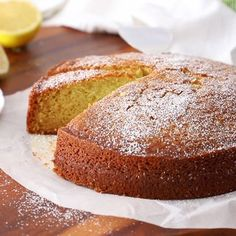 A delicious lightly basil flavored olive oil cake Orange Olive Oil Cake, Lemon Olive Oil Cake, Chocolate Olive Oil Cake, Vegan Chocolate, Sweet Whipped Cream, Vegan Lemon Cake, Cake Recipes, Dessert Recipes, Bread Recipes