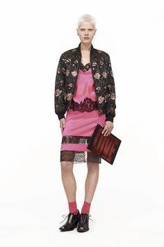 Givenchy Outono/Inverno 2017 |  Porque pijamas são as melhores roupas!