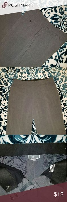 JM Collection Grey Dress Slacks Charcoal grey dress slacks - perfect for the office and in very good condition. These have a relaxed fit, and the wide elastic band inside waist band does not cause puckering at waist, but creates a very nice fit.  30 inch inseam. JM Collection  Pants