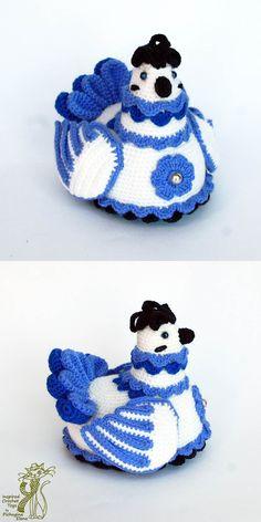 Amigurumi bird Pattern. Crochet chicken hen. Easter chicken souvenir. DIY. White and blue Gzhel style. Folk tradition. Amigurumis hen #amigurumi #bird #hen #easter #crochettoys #etsyseller #etsyfinds
