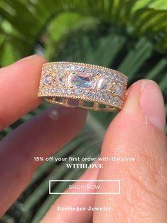 Unique Diamond Rings, Round Diamond Engagement Rings, Deco Engagement Ring, Diamond Wedding Rings, Vintage Engagement Rings, Unique Rings, Silver Wedding Rings, Wedding Rings Vintage, Wedding Rings For Women
