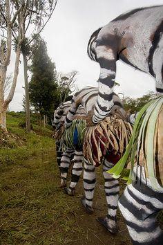Papua New Guinea - snake men www.papua-by-raz.co.il פפואה גינאה החדשה