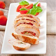 Poitrines de poulet à la méditerranéenne | Metro Sandwiches, Food, Stuffed Chicken Breasts, Recipes, Essen, Meals, Paninis, Yemek, Eten