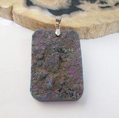 Druzy Geode Pendant  Metallic Quartz  Crystal Druzy by BijiBijoux