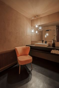 17 Best Farmhouse Living Room Sofa Design Ideas and Decor - ideahomy Living Room Sofa Design, Bathroom Design Inspiration, Old Room, Diy Bathroom Decor, Bathroom Remodeling, Restaurant, Interior Design Studio, Table, Furniture