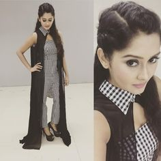 Kanchi Singh Hot Sexy Unseen HD Photo Gallery - All Indian Models Stylish Dresses, Casual Dresses, Fashion Dresses, Girls Dresses, Fashion 2017, Pakistani Dresses, Indian Dresses, Indian Outfits, Kurti Designs Party Wear