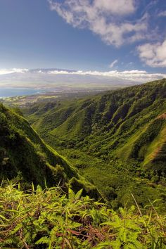 Experience the Big Island's most breathtaking scenery from above on a helicopter tour. Hawaii