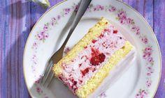 Vanilla Cake, Bread, Desserts, Food, Drinks, Bavarian Cream, Raspberries, Recipes, Powdered Sugar